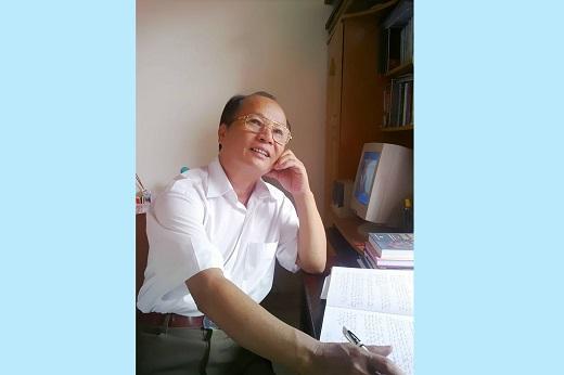 Nguyễn Viết Hoài – con tằm nhả tơ