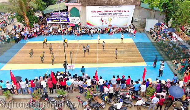 Giải bóng chuyền nữ Hương Sơn tranh cúp Trần Kim Xuyến