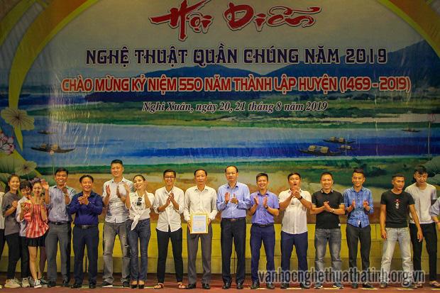 Ấn tượng chương trình hội diễn nghệ thuật quần chúng chào mừng kỷ niệm 550 năm thành lập huyện Nghi Xuân
