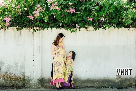 Thơ chọn và lời bình bài thơ Mẹ của Trần Long