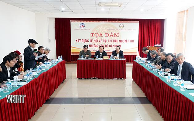 Tọa đàm góp ý kiến về xây dựng lễ hội Nguyễn Du