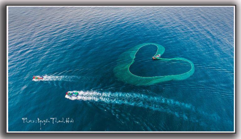 Chùm ảnh về biển của Nghệ sĩ Nhiếp ảnh Nguyễn Thanh Hải