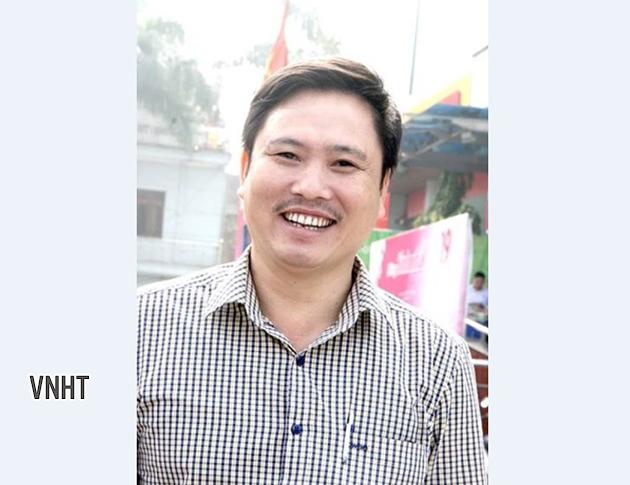 Ca sĩ Dư Văn Hưng