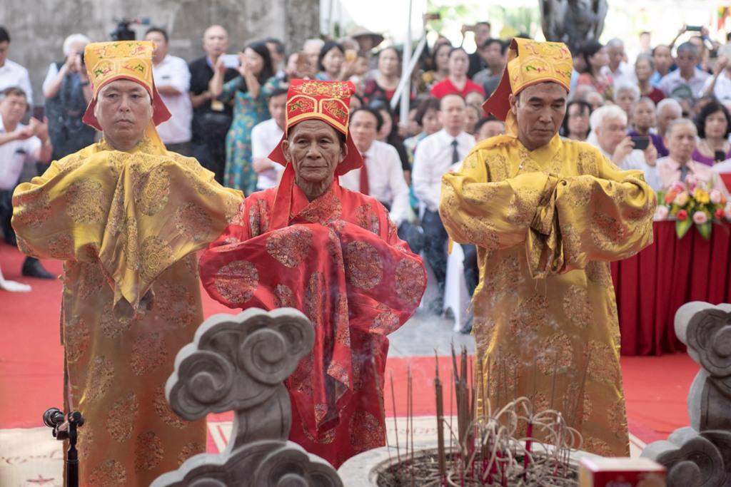 Trang trọng lễ giỗ lần thứ 200 của Đại thi hào Nguyễn Du