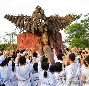 Đẩy lùi quá khứ - Ảnh: Minh Chiến